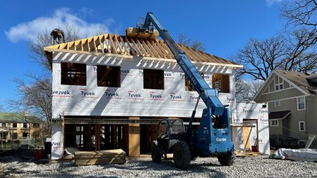 Wilmette New Construction – The second floor and roof framing are now completed