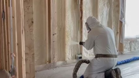 spay-foam-insulation